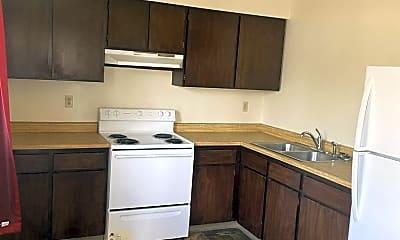 Kitchen, 1427 S 2nd St W, 1