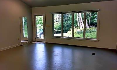 Living Room, 10 Spring Lake Rd, 1