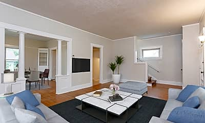 Living Room, 731 Northfield Rd, 1