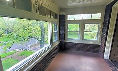 Patio / Deck, 448 Fairgreen Ave, 1