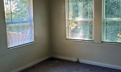 Bedroom, 524 Flora St, 2