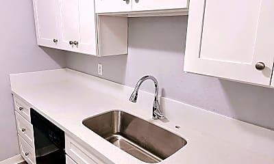 Kitchen, 607 Williams Ave S, 0