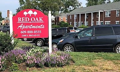 Red Oak Manor, 1