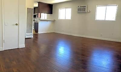 Living Room, 2921 N. Coolidge Ave, 0