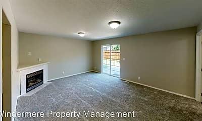 Bedroom, 343 NE Redwood Pl, 1