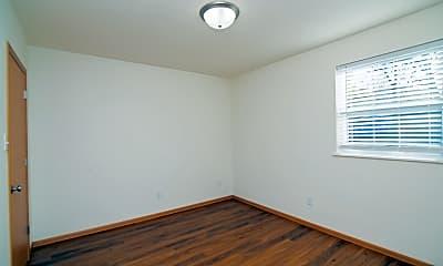 Bedroom, 218 W Atchison St, 2