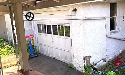 Patio / Deck, 317 E Falls St, 2