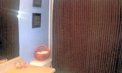 Bathroom, 276 Gloucester Dr, 2