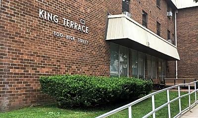 King Terrace, 1