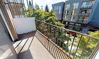 Patio / Deck, 7101 Roosevelt Way NE #303, 1