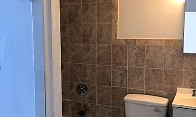 Bathroom, 567 Sutter Ave 2, 2