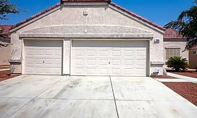 Building, 2804 W El Campo Grande Avenue, 0