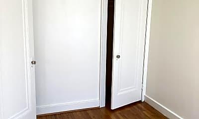 Bedroom, 100 Miami Rd, 1