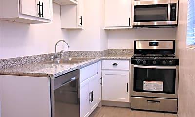Kitchen, 3247 N 40th St B, 0