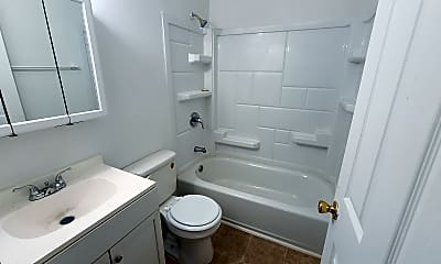 Bathroom, 3423 Shanks Ln, 2