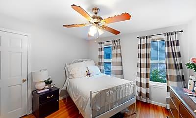 Bedroom, 128 Nonantum St, 2