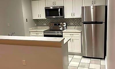 Kitchen, 534 Commonwealth Avenue, 0