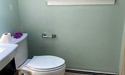 Bathroom, 36 Manor Rd, 2