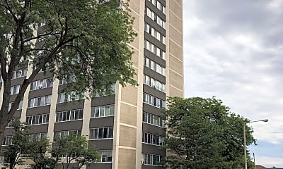 Lakeside Tower Apartments, 2