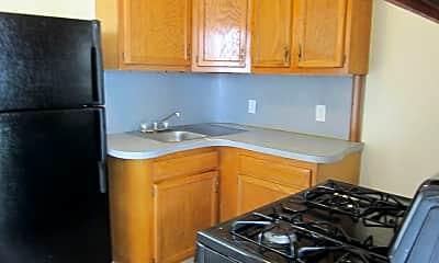Kitchen, 201 Creighton Ave, 1