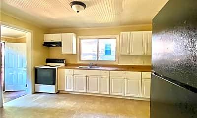 Kitchen, 1411 W Walnut Ave, 1