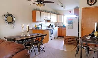 Living Room, 3102 Midvale Dr, 1