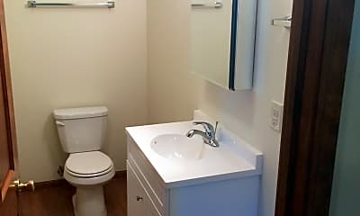 Bathroom, 201 N Colfax St, 1