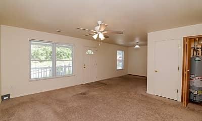 Living Room, 909 Harding St, 1