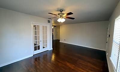 Living Room, 342 Donaldson Ave, 1