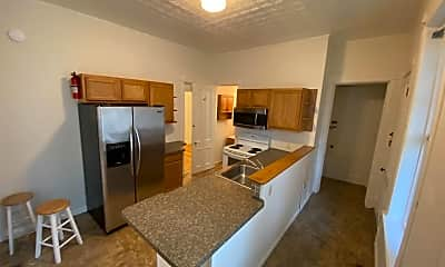 Kitchen, 542 5th Ave, 1