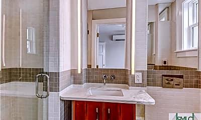 Bathroom, 31 E Jones St 3RD, 2