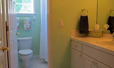 Bathroom, 3103 W Waverly Ave, 2