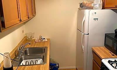 Kitchen, 870 Winesap Ct 9-304, 1