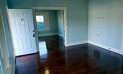 Living Room, 602 S Hadden Ave, 1