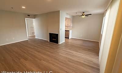 Living Room, 10755 Kling St, 1