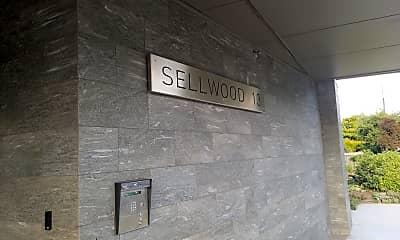 Sellwood 13, 1