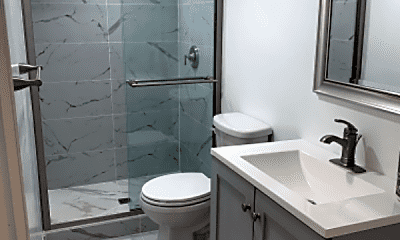 Bathroom, 1114 Florida Ave NE, 2