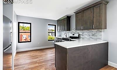 Living Room, 148 Washington Ave 3, 1
