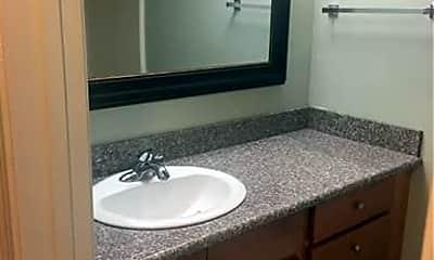 Bathroom, 231 Beech St, 2