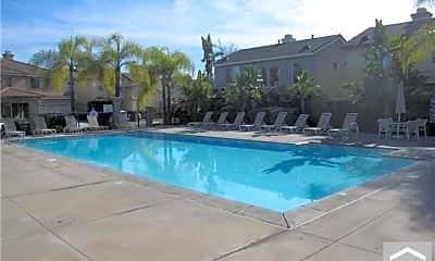 Pool, 2931 Spruce Ct, 2
