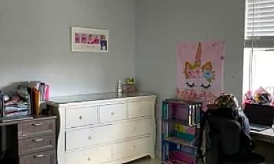 Bedroom, 2111 N Scott St, 1
