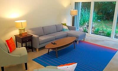 Living Room, 10061 Sawgrass Dr E, 1