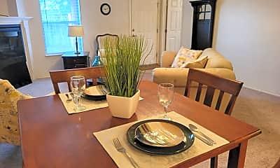 Living Room, 912 Stanton Pl, 1