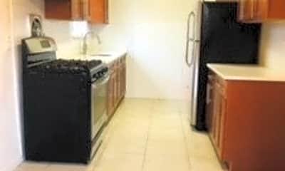 Kitchen, 91-65 71st Rd 3, 1
