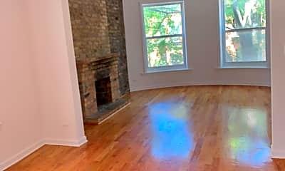 Living Room, 1517 W Cornelia Ave, 1