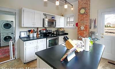 Kitchen, 513 Locust Ave, 1