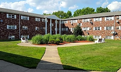 Building, Bucks Crossing Apartments, 0