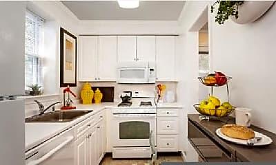 Kitchen, 517 VFW Parkway, 2