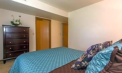 Bedroom, Riverside Glen - Rockford, 1