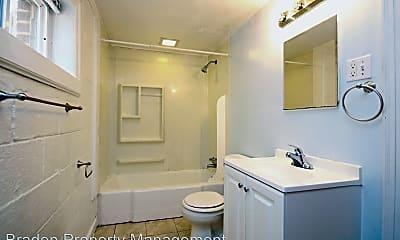 Bathroom, 1401 Forest Ridge Rd, 2